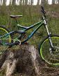 DH kolo od NS Bikes ve Wisle