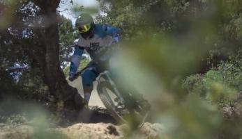 Video: Karim Amour testuje SR Suntour Auron 2015