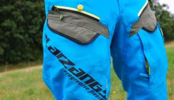 Test: Oblečení Platzangst -  Snakebite, Bulldog, Mountain Ridge