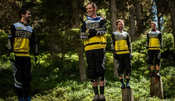 Video: FOX představuje Commencal Riding Addiction