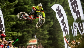 Video: ShapeRideShoot - The SCOTT Family at Crankworx