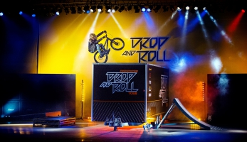 Video: Rock and Roll je mrtvej! Ať žije Drop and Roll!