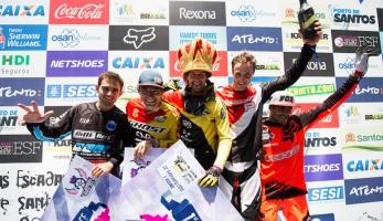 První kolo City Downhill World Tour vyhrál Polc, Slavík druhý
