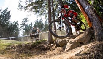 Video: iXS European Downhill Cup Špičák