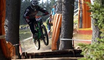 Fotogalerie: iXS European Downhill Cup Špičák