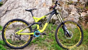 Bikecheck: Commencal Supreme DH 650b Přemka Tejchmana
