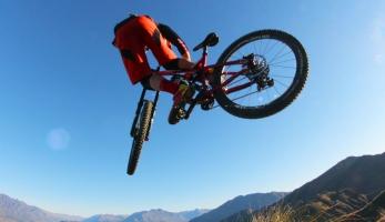 Video: Kilian Bron na Zélandu - tady prostě chceš jezdit