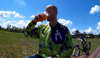 Gear & beer - Fabric - sedlo Scoop, gripy XL, nářadí Chamber Ratchet
