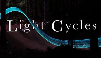 Video: Light Cycles - podařená noční podívaná