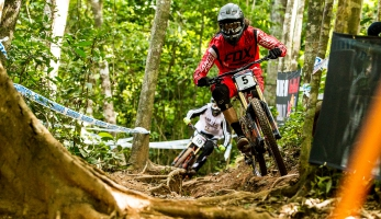 Video: týmová videa Cairns - YT Mob, Gstaad-SCOTT a The Syndicate