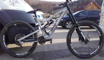 Bikecheck: prototyp Rose DH Jany Bártové