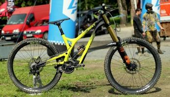 Bikecheck: Commencal Supreme V4 Hugo Robenka