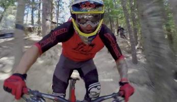 Video: Tomáš Slavík na Crankworx II. - Air Downhill