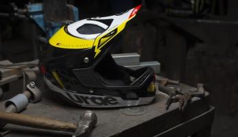 Down-o-Matic RR nová helma od Urge