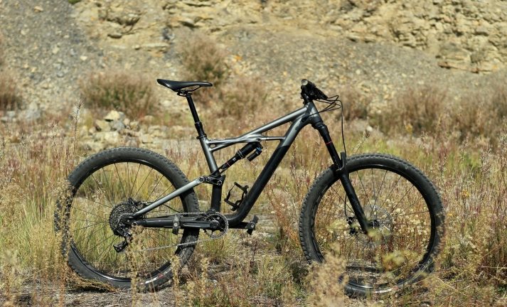 Test: Specialized Enduro Comp 650b -  super freeride s teleskopem