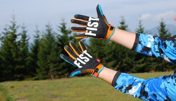 Test: rukavice Fist Maddo Helium Glove