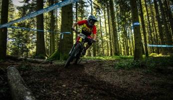 Report: Giromagny Enduro - to není závod, to je Single track party