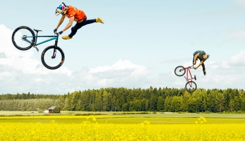 Video: Field Trippin - dirtové video plné skoků ve kterém neuvidíš jediný odraz či dopad