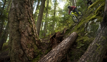 Video: MRSN pojezdil na klenotu Northshore, na Cypress Mountain