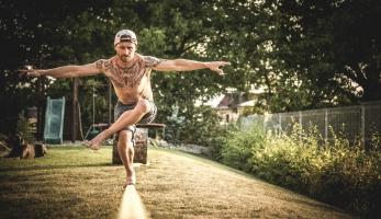 Michal Maroši o slackline: Perfektní cvičení balancu a vnitřní rovnováhy