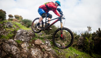 Test: Ghost PathRiot 10 - enduro kolo na pružině