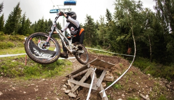 Report: třetí kolo BigMat Czech Downhill Tour bylo i mistrákem