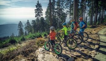 Video: v sobotu na Klínovci otevírají trail park