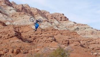 Video: dropovačka v Utahu s Vinny T
