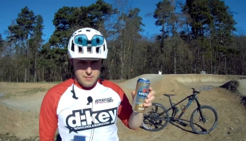 Gear & beer - Canyon Strive CF 8.0 Race