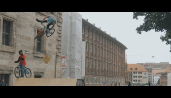 Video: Dictrict Ride kamerou Honzy Volfa