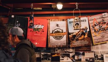 10 let Fullface Productions skrze 10 jejich nejzásadnějších bikových počinů