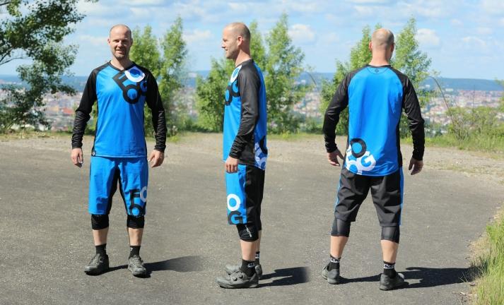 Test: oblečení FOOG - kraťasy Just Ride a dres Explorer