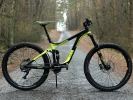 Test: Giant Reign 2 LTD - regulérní mini DH bajk