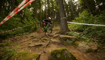 Video: Czech Downhill Tour - Monínec