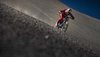 Video: 167,6 km/h na sjezďáku - nový světový rekord
