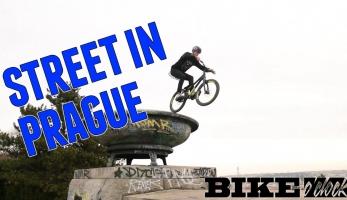 Video: BikeOclock série se představuje prvními dvěma díly