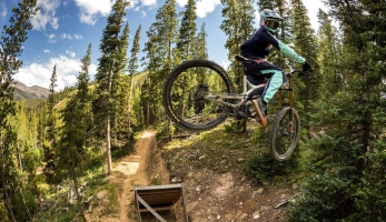Video: Commencal Junior Cartel