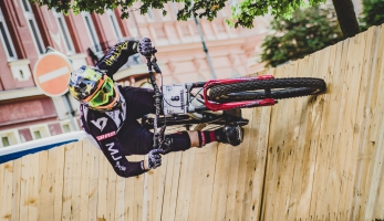 Report: Erik Irmisch ukořistil King of City Downhill