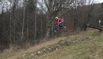 Spotcheck: bikepark Areál Kareš - malý, ale budovaný srdcem
