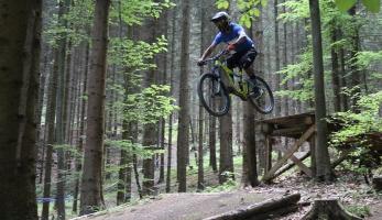 Spotcheck: Bikepark Peklák je ready. Otevírá v sobotu