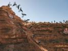 Pozvánka: Rampage vPraze, přímý přenos slavného závodu uvedou dvě bikové legendy