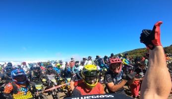 Vidéo: Megavalanche Réunion - oficiální video