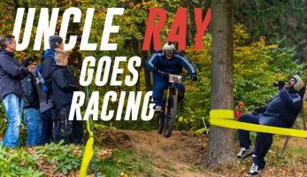 Video: Uncle Ray goes racing - nadváha tě od závodění nemůže zastavit