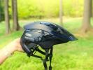 Test: helma Abus Montrailer přichází s hodně netradičním vzhledem
