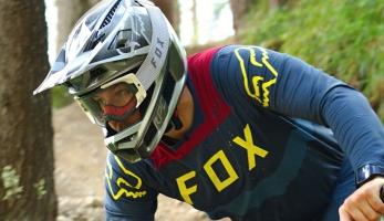 Test: Fox Rampage Pro Carbon - nabídne nejlepší ochranu pro tvou hlavu