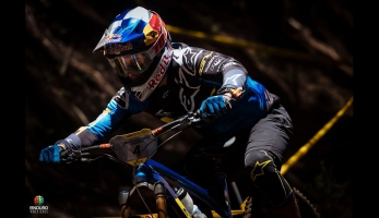 Video: Enduro World Series na Madeiře v jedné minutě