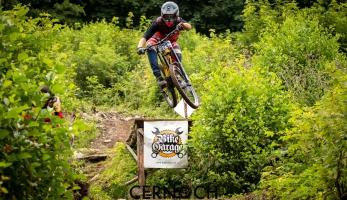 Report: premiéra Bike Garage DH Cupu na Kareši byla více než úspěšná