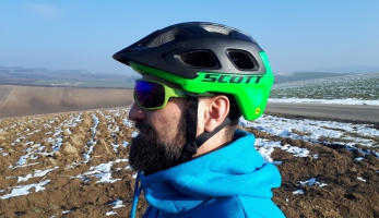 Test: přilba Scott Vivo Plus 2018 - ověřená klasika