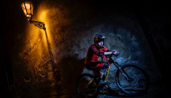 The Wave Project - biker Tomáš Slavík hrdinou nevšedního videa z jiného světa