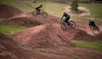 Video: Brendan Fairclough, Olly Wilkins a Sam Pilgrim v projektu Berm2Berm